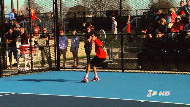 #10 Illinois Men's Tennis vs Minnesota Highlights 4/18/14