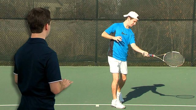 Tennis Lessons – Forehand Swing to Contact