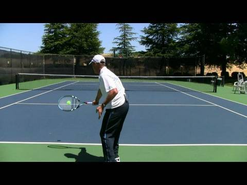 Tennis Fundamentals – When To NOT Watch The Ball