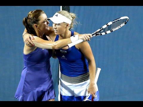 Caroline Wozniacki vs Agnieszka Radwanska ~ Highlights — WTA Singapore Finals 2014