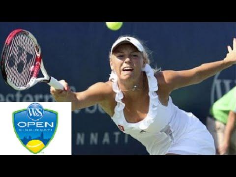 Caroline Wozniacki vs Shuai Zhang – Cincinnati 2014 Highlights