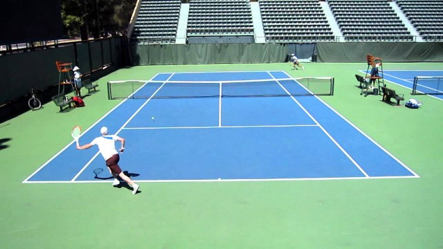 Tennis: Slice cross court passing shot on the run