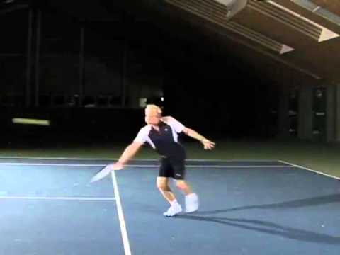 Demonstration Tennis Rückhand Slice Angriff